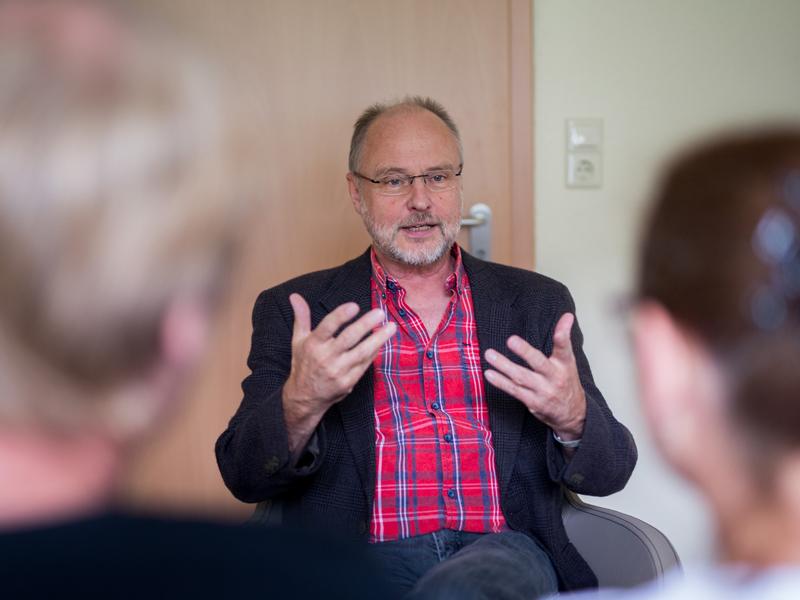 Familienberater Matthias Haneberg im Gespräch
